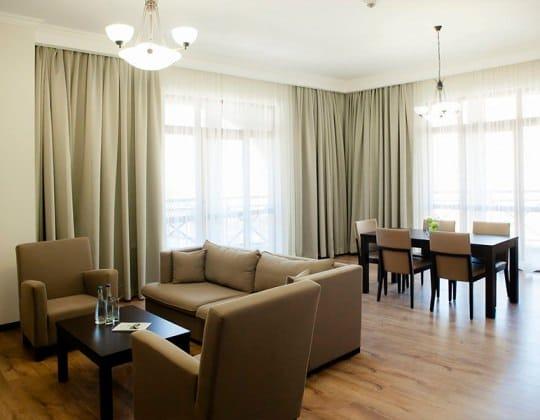 Таунхаус с 6 спальнями, от 300 кв.м +960 м